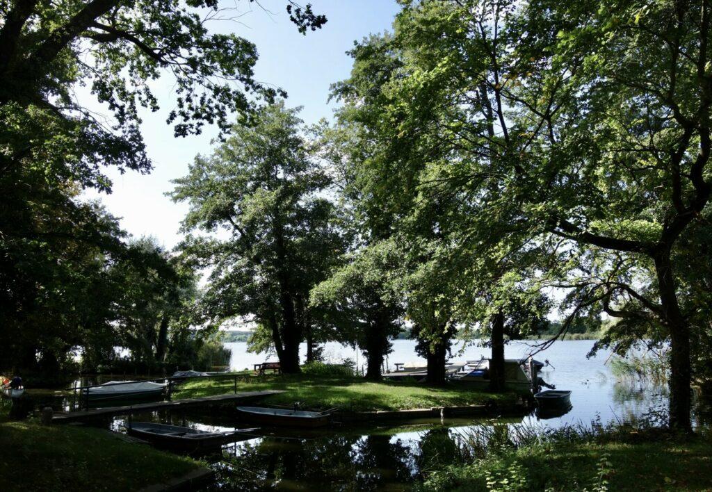 Schloßpark Marquardt, Blick auf den Schlänitzsee