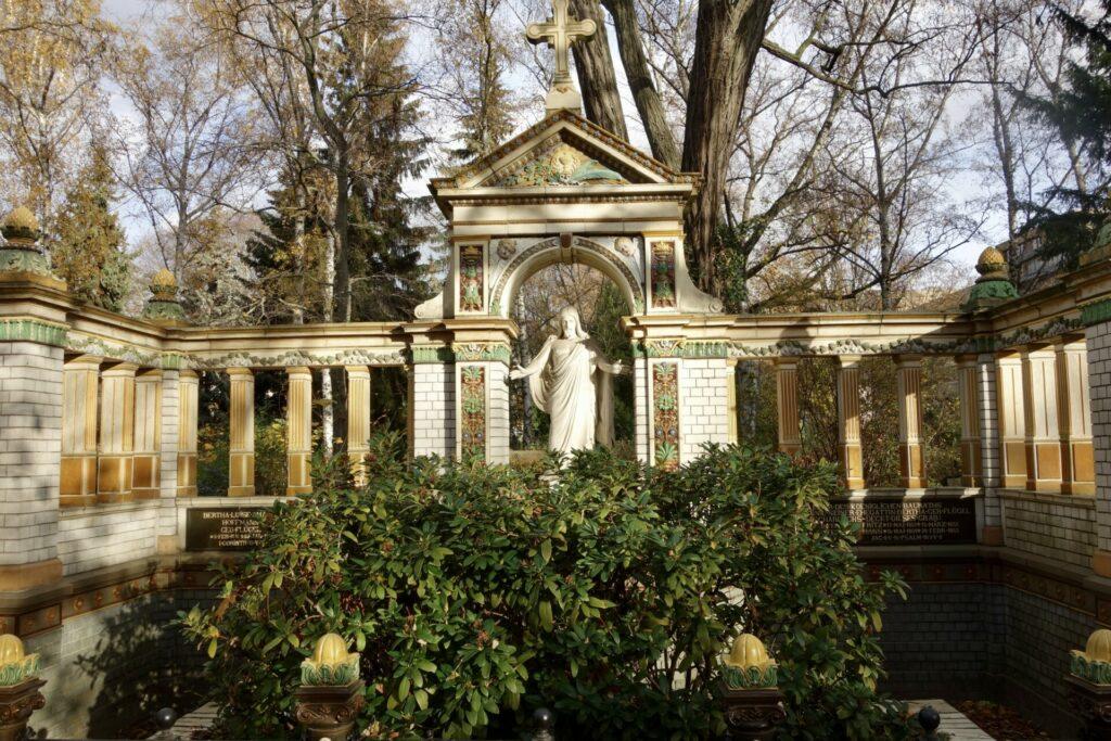 Das Grab der Familie Hoffman auf dem Dorotheenstädtischen Berlin