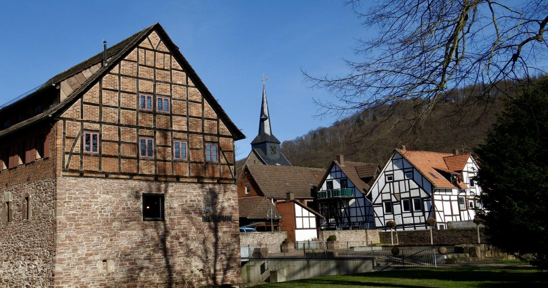 Bodenwerder Gutshof und Kirche