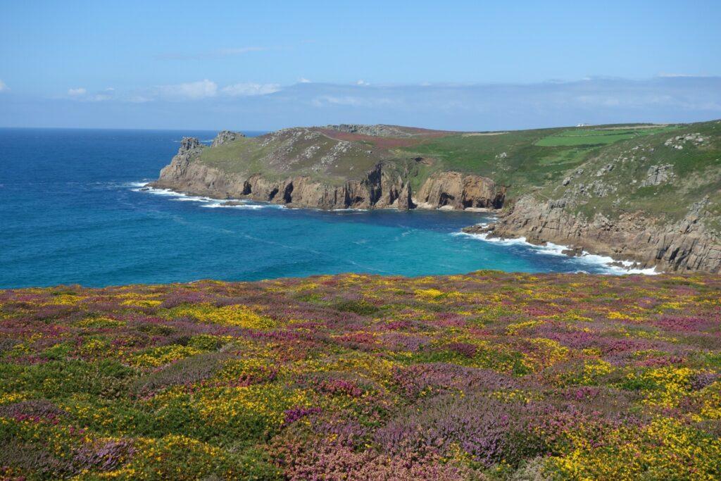 Land's End, Cornwall. Eine traumhafte Wanderung zum westlichen Ende Englands.