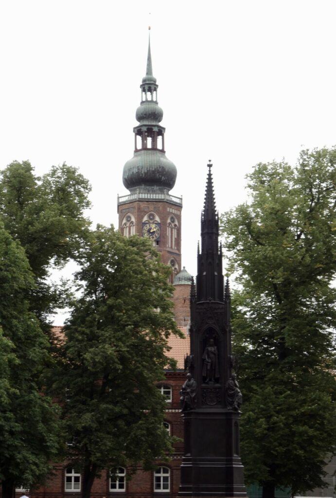 Greifswald. Ein Rundgang in der romantischen Universitäts- und Hansestadt